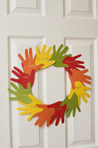 Thanksgiving Hand-Print Gratitude Wreath For Kids